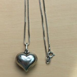 Vintage sterling puffy heart necklace